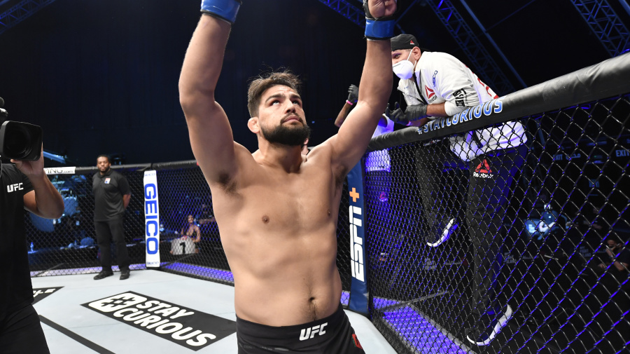 It's all a mental game for Kelvin Gastelum