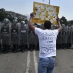 Venezuela: clashes break out on border as country braces for aid showdown