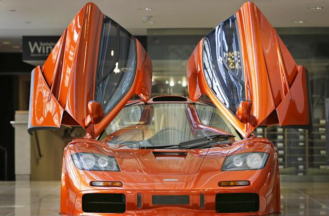 McLaren uses 20-year-old laptops to maintain its first supercar