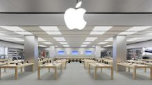 Apple Remains a Warren Buffett Favorite, Berkshire Ups Stake