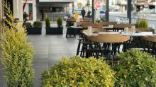 En San Diego aprueban tiendas y restaurantes al aire libre