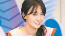 Zheng Shuang's family speaks up about surrogacy issue