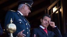 El gobierno de Estados Unidos va por los bienes del general Salvador Cienfuegos