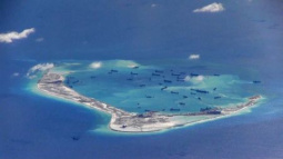 Kerry to urge ASEAN to find diplomatic ways to ease South China Sea tensions