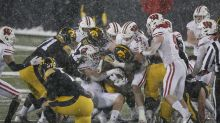 When does the first loss come for Wisconsin football in 2021?