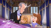 Entertainment News Pop: Tim Gunn to Appear at Disney's D23 Expo
