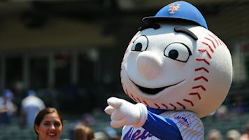 Mets owners in discussion to sell team