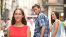 Descobriram mais fotos da garota desse meme e elas são chocantes (literalmente)