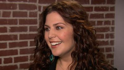 Hillary Scott Talks Working With Adam Levine On 'The Voice'