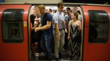 One hour on the Tube as toxic as spending a whole day by busy road, air pollution report warns