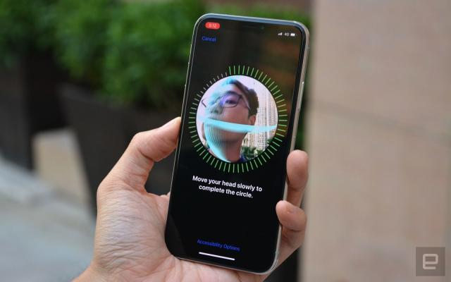 Safari will use Face ID and Touch ID for 'frictionless' web sign-ins