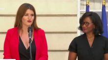 """""""Boire de la Cristaline et gonfler des brassards !"""" : l'étrange hommage de Marlène Schiappa à son mari lors de la passation de pouvoir (VIDEO)"""