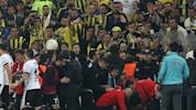 Besiktas manager suffers cut head in cup derby