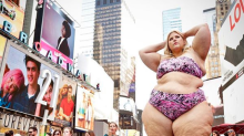 This is what happens when a plus-size woman poses in a bikini in Times Square