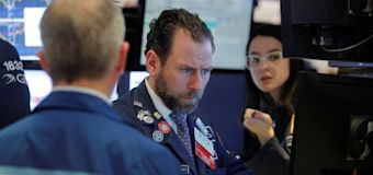 Dow dives more than 1,100 points amid U.S. virus fear