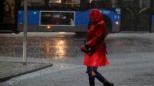 Protección Civil aconseja extremar precaución por fuertes lluvias y tormentas