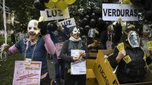 L'Argentine peine à rassurer les marchés, son peso continue de perdre pied