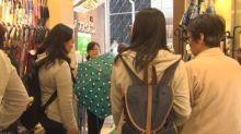 國慶長假結束 今年中國遊客去日本爆買縮骨遮?