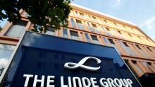 Linde urges investors to exchange shares for Praxair merger