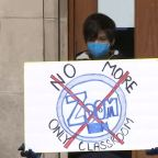 U of C Lab School parents, students hold rally for in-person learning