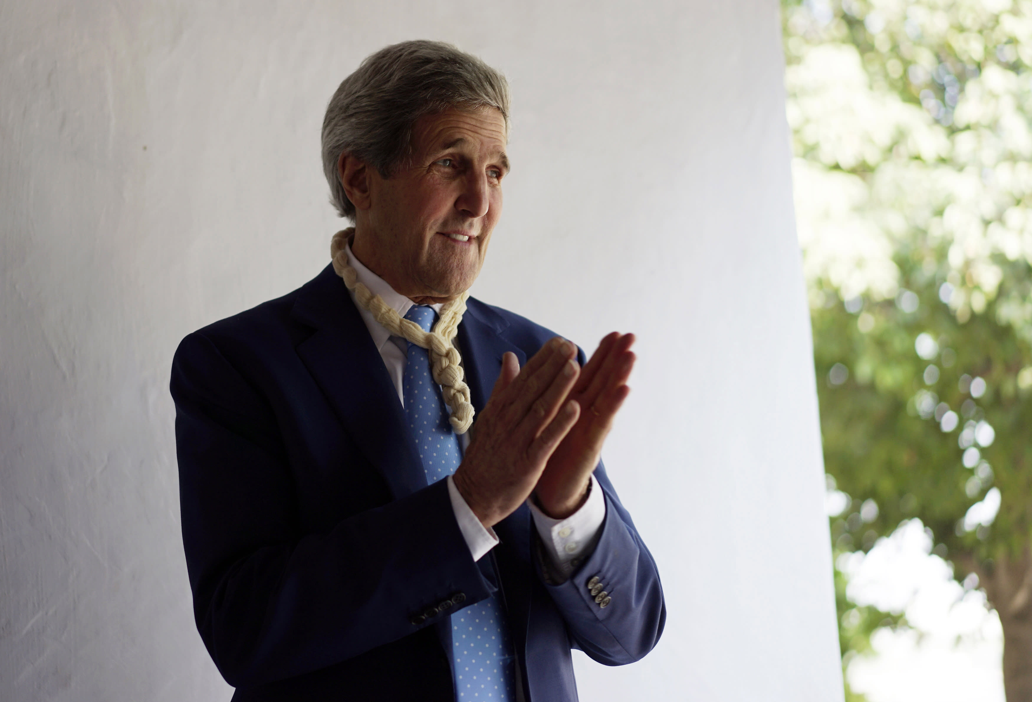 US Secretary of State John Kerry tours the Gandhi Ashram in Ahmedabad January 11, 2015