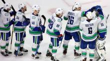 Hockey - NHL - NHL: Vancouver et Philadelphie réduisent l'écart