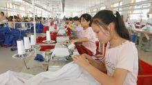 A Doyen of Globalization Makes Its Final Retreat