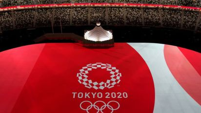 Olympics-COVID-19 quarantine conditions distressing, Dutch team director says