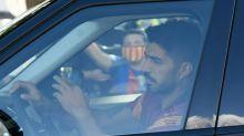Luis Suárez faz prova de italiano para obter passaporte