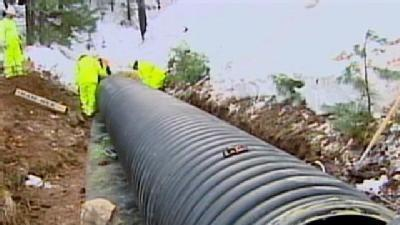 Crews Work To Fix Water Line Before Storm