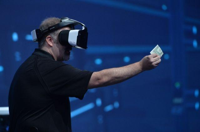 Intel showcases 'merged reality' with Project Alloy headset