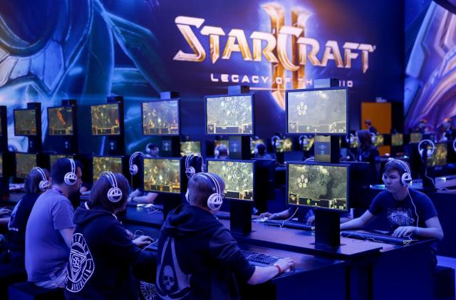 Google DeepMind and Blizzard partner for 'StarCraft II' AI research