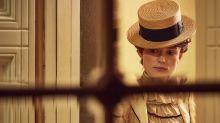 Keira Knigthley enfrenta machismo e se apaixona por outra mulher em 'Colette'. Veja o trailer