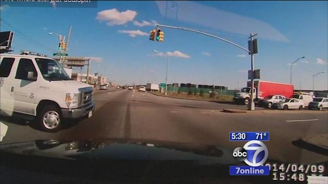 Car wreck caught on driver's Dash Cam