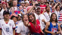 Igualdad salarial, el grito de miles en la final del Mundial tras ver ganar a EEUU