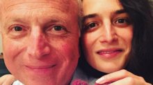 """Jenny Slate's dad reminded his daughter to """"resist"""" Trump in a subtle but sweet way"""