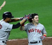 Red Sox keep Yankees at arm's length, Brewers inch closer to Rockies
