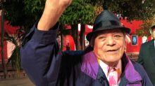 """Irónico: muere el cantante mexicano Tony Camargo, intérprete de """"El año viejo"""" en el año de la pandemia"""