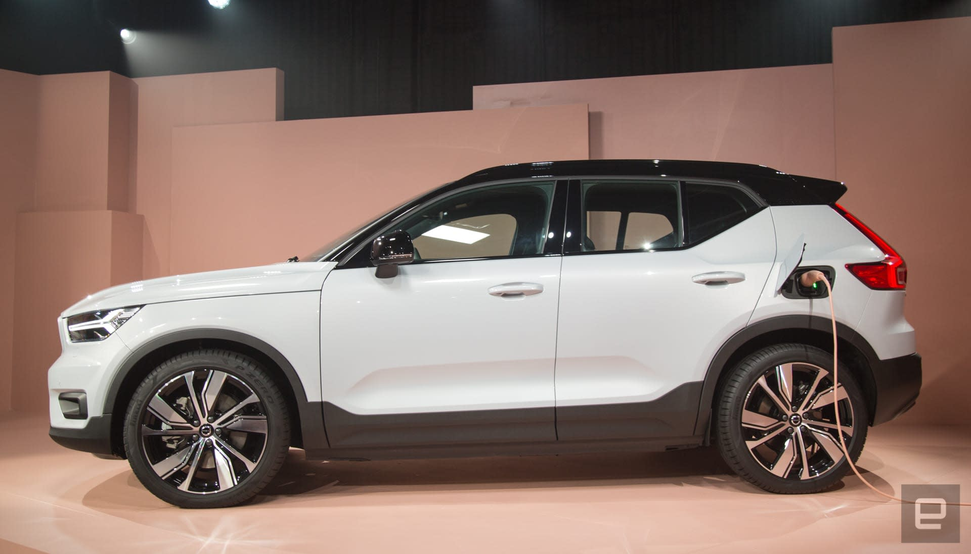 Volvo XC40 Recharge EV unveil
