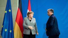 La proposta Merkel non convince il Parlamento Ue: aiuta Orban