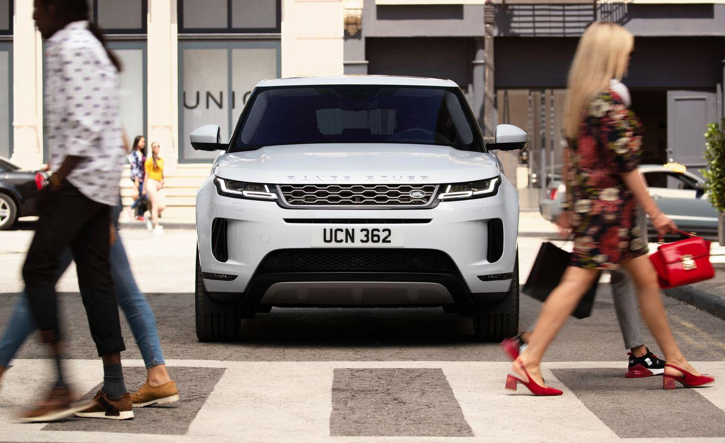 See Photos of the All-New 2020 Range Rover Evoque