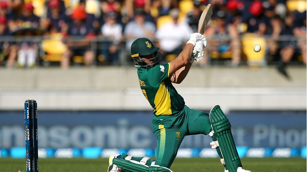 De Villiers: Tests and ODIs should not be under threat