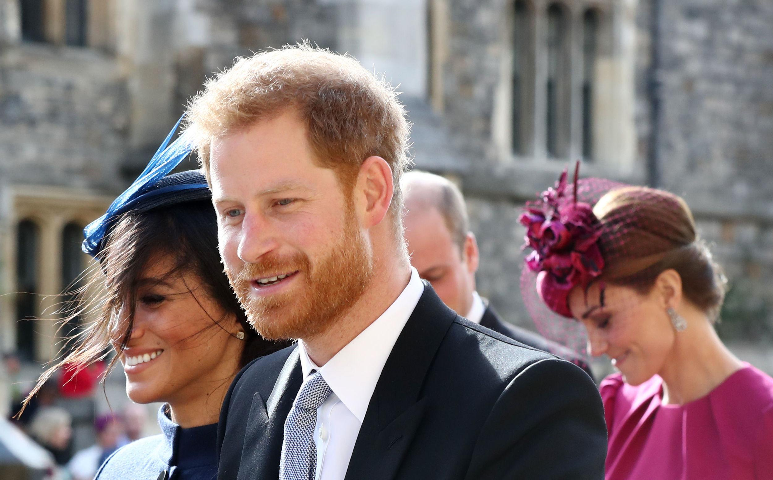 Britain's Prince Harry, Duke of Sussex, (C) and Britain's Meghan, Duchess of Sussex (L) leave with Britain's Catherine, Duchess of Cambridge, (R) and Britain's Prince William, Duke of Cambridge, (2R) after attending the wedding of Britain's Princess Eugenie of York and Jack Brooksbank at St George's Chapel, Windsor Castle, in Windsor, on October 12, 2018. (Photo by Gareth Fuller / POOL / AFP)        (Photo credit should read GARETH FULLER/AFP/Getty Images)