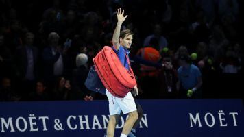 Zverev's ATP Finals win vs. Federer tainted by ball boy flub