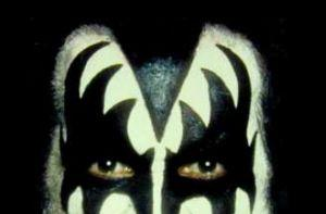 Gene Simmons on file sharers? Sue them off the face of the planet