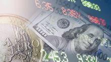 Aggiornamenti sui Mercati – I Mercati in Confusione per le Festività in Arrivo, Dollaro e Sterlina in Lieve Ribasso