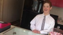 12-year-old boy with Down syndrome and mom run cupcake shop