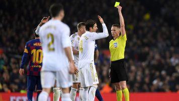Real Madrid: El madridismo, indignado con la designación del árbitro que sacó de quicio a Sergio Ramos