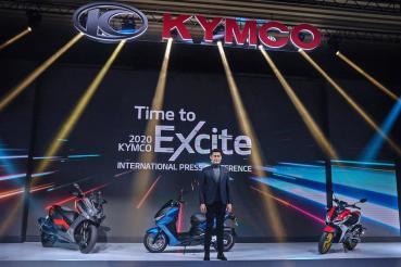 KYMCO紅黃白電四款新車齊發亮相、同步宣告電動重機RevoNEX義大利製量產!