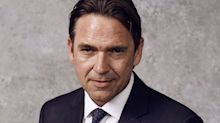 Batwoman Pilot Casts Dougray Scott as Kate Kane's Father — and Adversary!